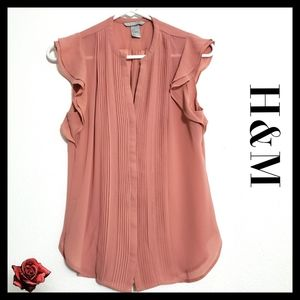 H&M/Size:6/ Blush Sheer Flutter Sleeve Blouse